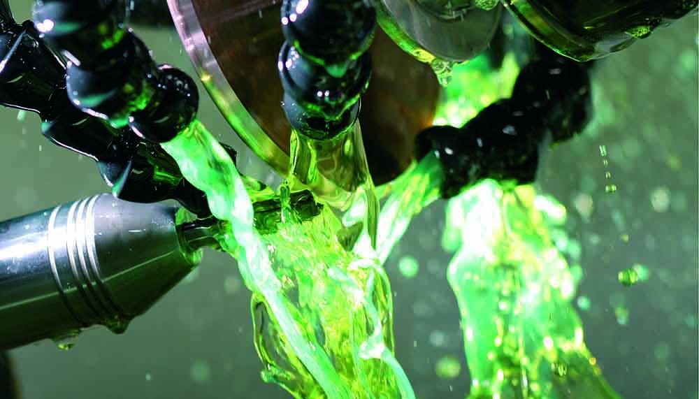 Tecnosystem suministra aceites refrigerantes Oelheld para corte y mecanizado de metales