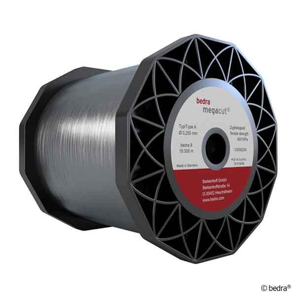 Hilo Megacut® A zincado para la máxima precisión en máquinas japonesas.
