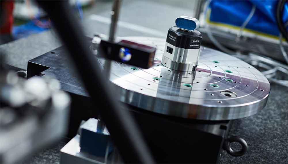 Suministramos sistemas de sujeción y paletización Carl Hirschmann GMBH para máquinas de electroerosión por hilo y penetración